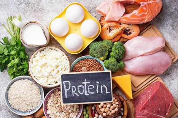 7 dấu hiệu đáng báo động cho thấy bạn đang dư thừa protein